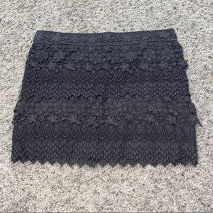 Like new AE gray lace skirt